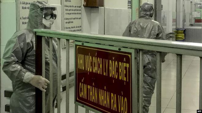 Hành trình di chuyển của 3 người Việt nhiễm virus